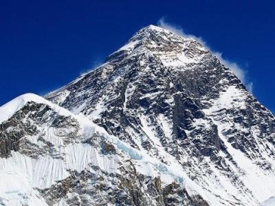 Slovenskí horolezci chcú na Mount Evereste preliezť Hard Way